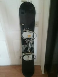 black and gray snowboard with bindings Meredith, 03253