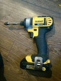 yellow and black DEWALT cordless power drill 1960 km