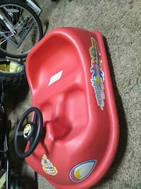 toddler's red and yellow ride-on toy car Kyle, 78640