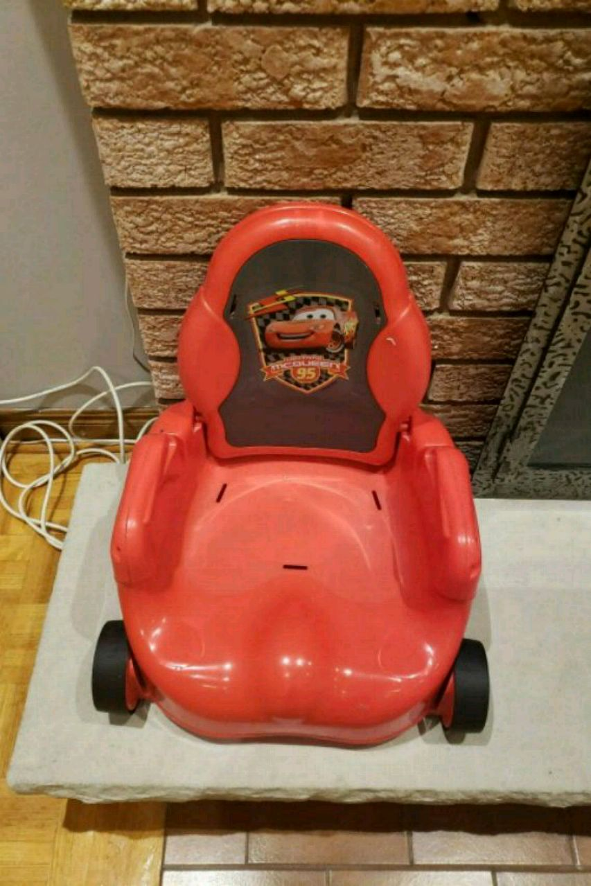 & Used red Lightning Mcqueen chair for sale in Toronto - letgo