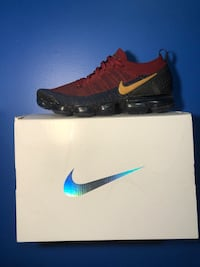 cheap Vapormax red/blue size 11 Surrey, V4N 5R4
