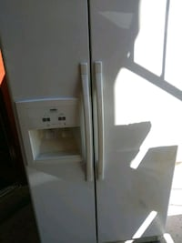 White  side-by-side refrigerator with dispenser Albuquerque, 87108