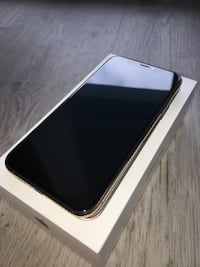 iPhone XS GOLD || Negotiable