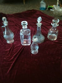 Crystal and cut glass decanters $5 each Omaha, 68108