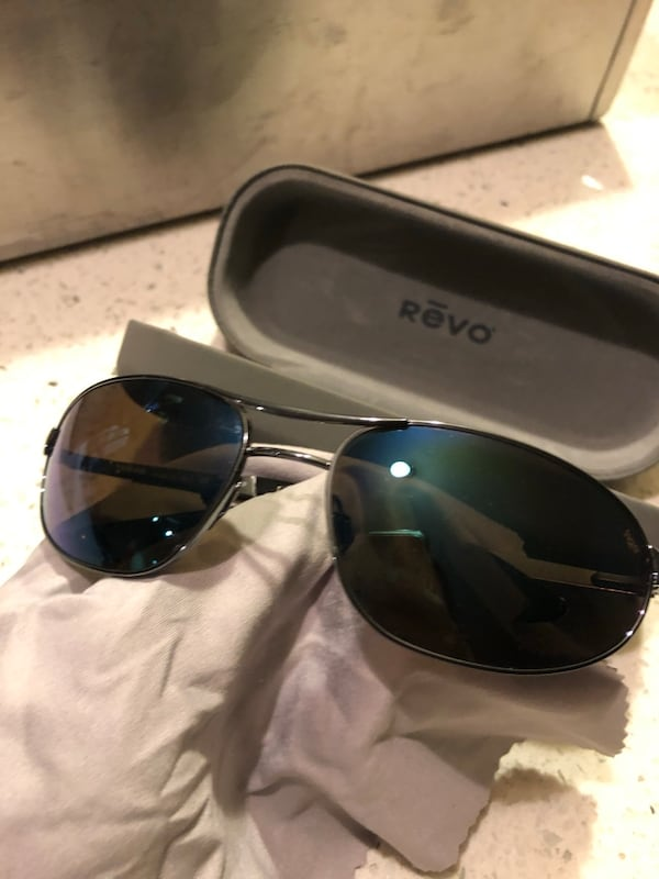 Revo sunglasses polarized 2
