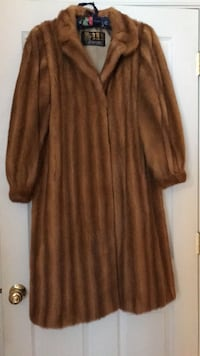 Fur coat that i inherited Soddy Daisy, 37379