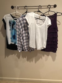Assorted women's shirts size small Fraser, 48026