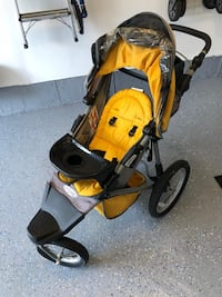 Stroller in good condition  Mississauga, L4Z 0C3