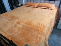 Plush mink bed sheet with blanket
