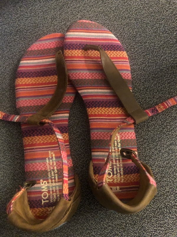 Toms Womens Brown T-Strap Flat Sandals