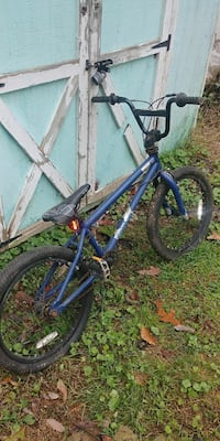 blue and black BMX bicycle Windsor, 17366