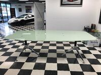 boat-shaped glass table < 1 km