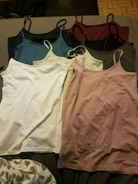 8 BRAND NEW TANKs SIZE MEDIUM WHITE SIZE SMALL  Toronto, M1K 1G1