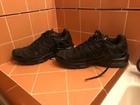 pair of black Nike Air Force 1 low shoes Fresno, 93705