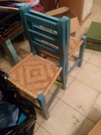 Vintage chairs 2 for 20 Livingston, 77351