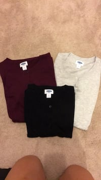 Old Navy Maternity Cardigans size M