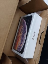Apple Iphone xs max  256gb: 554,300 CL null