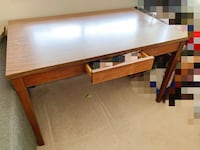 Rectangular brown wooden dinning table 温哥华, V5Z