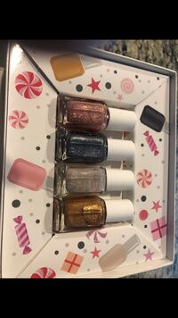 Essie nail polish set (multiple sets available)