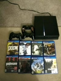 Playstation 4 with games PS4 Frederick, 21702