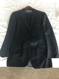 Hugo Boss suit. Original and tailor made. Size 38 coat and size 32 pants. Houston, 77002