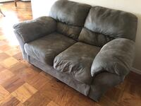 Couch and love seat for sell Allentown, 18103