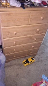Dresser for sale  Markham, L3R 4L2