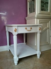 Night or decorative stand with drawer