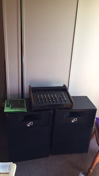 Crate sprint series 6 channel mixer, and 2 large speakers , loud enough to lite up a small cafe with microphone and mic stand all cord included The Plains, 45780