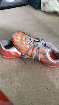 Adidas indoor soccer shoes Milton, L9T 6H2