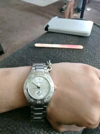 round silver-colored analog watch with link bracelet El Centro, 92243