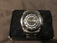 Round black and silver chronograph watch with link bracelet Lake Country, V4V