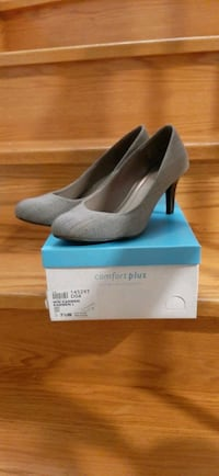 Comfort Plus by Predictions High Heels Size 7 1/2 Mississauga, L5R 2A4