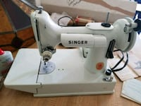 Vintage 1960's Singer 221K Featherweight sewing ma Lansdale, 19446