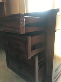 Solid wooden desk with hutch Merced, 95341