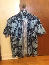 Blue Hawaiian shirt Pointe-Claire, H9R 1K4