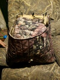 Camo real tree seat covers  Cross Junction, 22625