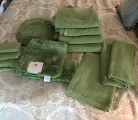 Martha Stewart 4 bath towels, bath mat, 2 hand towels, 4 washcloths and toilet seat cover. All brand new w tags. Changed decor. Cost $175 originally Forest Hill, 21050