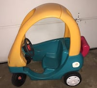 Little tikes coupe. Horn squeaks  Webster, 14580
