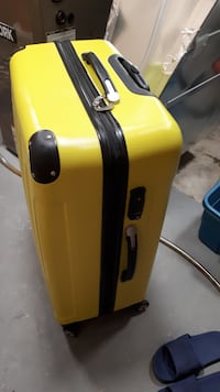 New Neon Yellow Hard Suitcase with TSA Lock Etobicoke