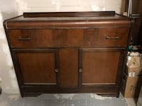 Chest & Mirror for sale ! Pickering, L1X 1R8