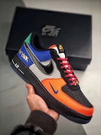 """Air Force one low """"What The NYC"""""""