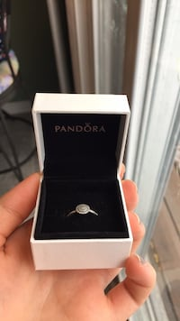 silver-colored Pandora ring with box Newmarket, L3Y 2B9
