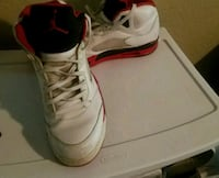 White and red jordan mens size 13 Homewood, 35209