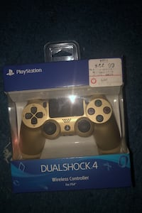 Ps4 Game console controller Fort Washington, 20744