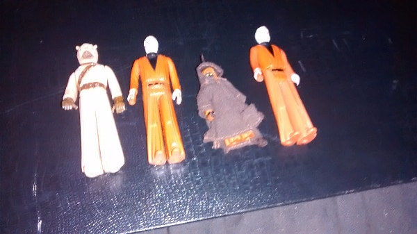 1977 grey and white obi wan jawa and tuskgen warrior