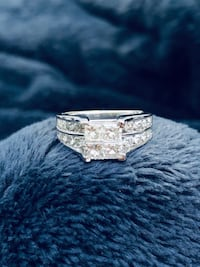 Diamond engagement ring Woodbridge, 22192