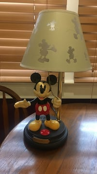 Mickey Mouse table lamp Evansville, 47725