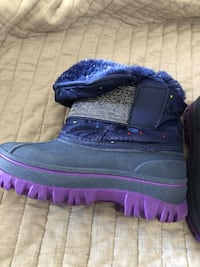 Snow boots- 8 toddler Chicago, 60613