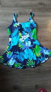 Tropical escape swimdress size 12  Gulfport, 39501